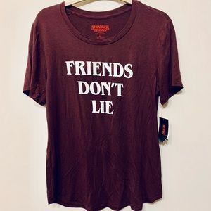 "Stranger Things ""Friends Don't Lie"" T-Shirt sz L"
